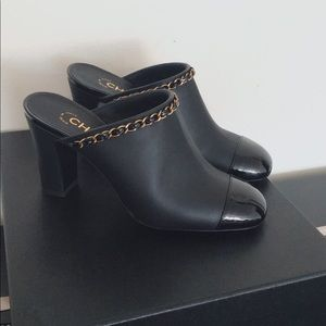 CHANEL Calfskin leather gold chain mules EUR37/US7